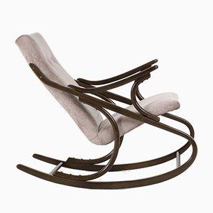 Sedia a dondolo in legno curvato di TON, anni '60