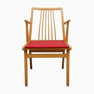Armlehnstuhl aus Buche & rotem Kunstleder, 1950er