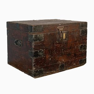 Antique Victorian English Bound Pinewood Travel Trunk, 1900s