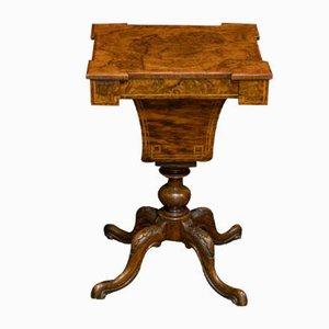 Mesa de costura victoriana de nogal