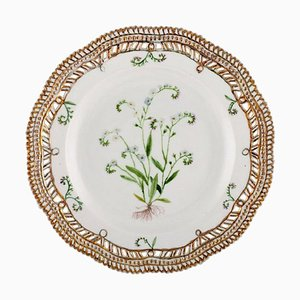 Royal Copenhagen Flora Danica Pierced Plate in Hand-Painted Porcelain, 1945