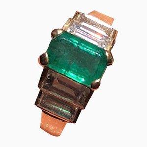 Anello vintage color oro, smeraldo e diamanti