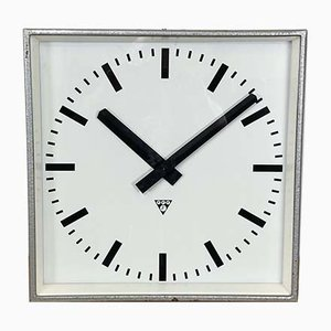 Grande Horloge Murale Carrée Grise de Pragotron, 1960s