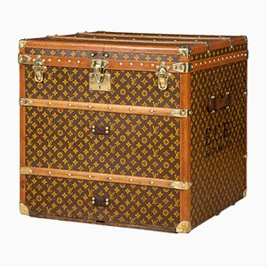 Antique French Cube Monogrammed Trunk from Louis Vuitton, 1900s