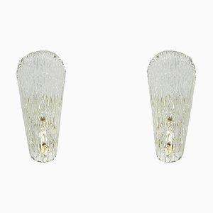 Mid-Century Eisglas Wandlampen mit Messinghalter von JT Kalmar für Kalmar, 2er Set