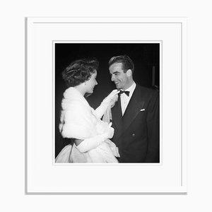Taylor und Clift 1949 Archival Pigment Print in Weiß von Bettmann gestaltet