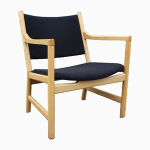 Mid-Century Model CH52 Armchair by Hans J. Wegner for Carl Hansen & Søn