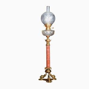 Lámpara de mesa antigua de latón y cristal tallado