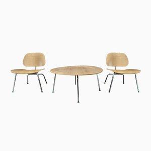 Set di poltrone e tavolino da caffè Mid-Century di Charles & Ray Eames per Vitra, set di 3