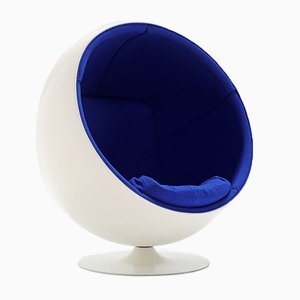 Mid-Century Ball Chair by Eero Saarinen for Adelta