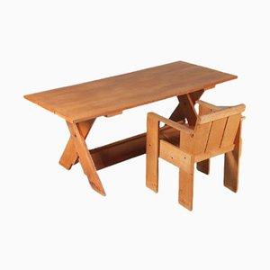 Italienischer Crate Schreibtisch mit Stuhl von Gerrit Rietveld für Cassina, 1970er, 2er Set