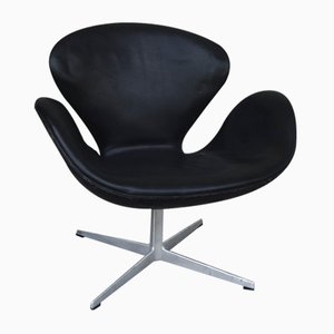 Mid-Century Leather Swan Armchair by Arne Jacobsen for Fritz Hansen, 1960s
