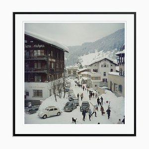 Klosters Oversize C Print Framed in Black by Slim Aarons