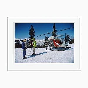Snowmass Village Oversize C Print Encadré en Blanc par Slim Aarons