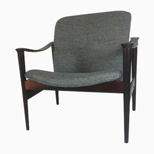 Mid-Century Model 711 Rosewood Armchairs by Fredrik A. Kayser for Vatne Lenestolfabrikk, Set of 2