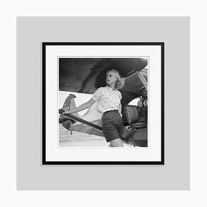 Seamplane at Palm Beach Silver Fibre Gelatine Druck Gerahmt von Black von Slim Aarons