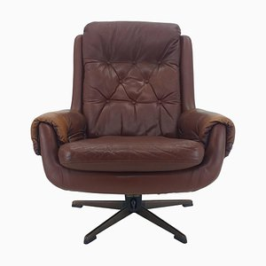 Mid-Century Leather Swivel Armchair from Peem, Finland,, 1970s