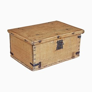 Mid-19th Century Swedish Oak & Pine Decorative Box