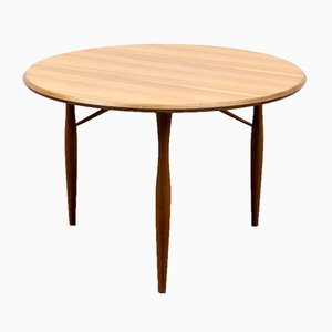 Walnut Coffee Table from Wilhelm Renz, 1950s
