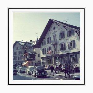 Impresión Hotel Olden Oversize C con marco negro de Slim Aarons