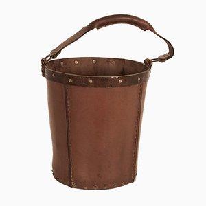 Papelera vintage de cuero marrón