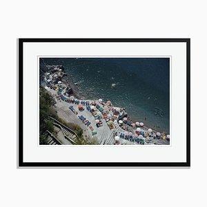 Schwarz Überarbeiteter Positano Beach Oversize Archiv Pigment Druck von Slim Aarons