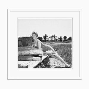 Brigitte Bardot Archival Pigment Print in Weiß von Bettmann gestaltet