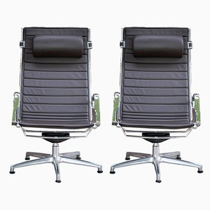 Vintage Light Lounge Chairs from Luxy, Set of 2