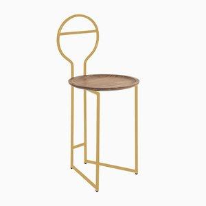 Joly I Lehnstuhl aus düsterem Metall mit golden lackiertem Metallgestell und Canaletto Tablett aus Nussholz von Colé