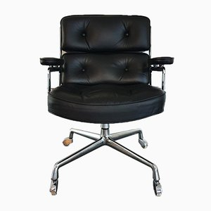 ES 104 Desk Chair by Charles & Ray Eames for Herman Miller, 1980s