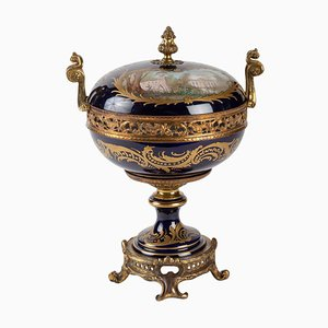 Antique Candy Box in Sèvres Porcelain and Golden Bronze