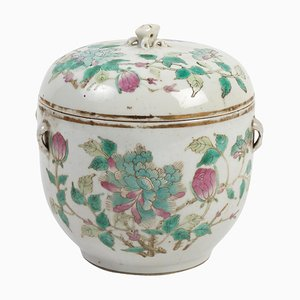 19th Century Chinese Covered Pot