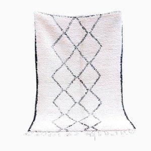 Vintage White Beni Ouarain Berber Carpet