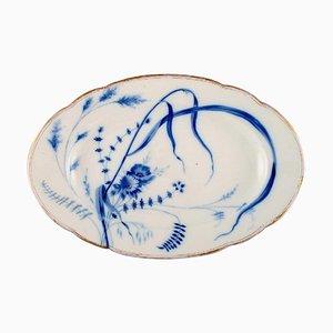 Großer antiker Teller aus handbemaltem Porzellan von Fischer & Mieg für Pirkenhammer