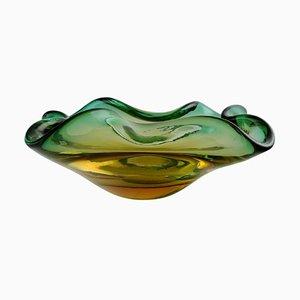 Italienische Murano Schale aus mundgeblasenem grünem Glas, 1960er