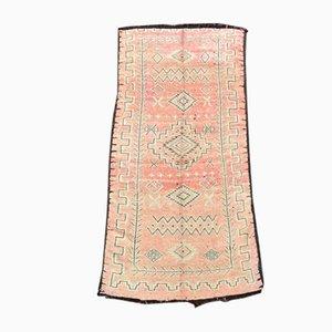 Rosafarbener marokkanischer Mid-Century Teppich