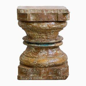 Colonna antica in legno, India