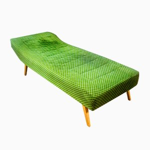 Sofá cama vintage de terciopelo verde, años 70
