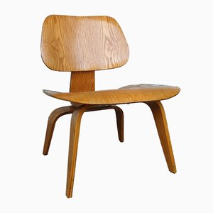 LCW Lounge Chair in Ash by Charles & Ray Eames for Evans / Herman Miller, 1940s