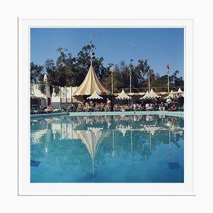 Stampa Beverly Hills Hotel Oversize C bianca di Slim Aarons