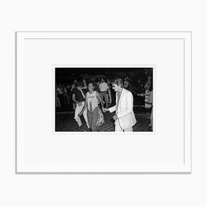Weiß lackierter Studio 54 Archival Pigment Print von Bettmann