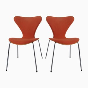 3107 Dining Chairs by Arne Jacobsen for Fritz Hansen, 1996, Set of 2