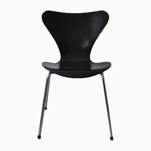 Sedia da pranzo nr. 3107 nera di Arne Jacobsen per Fritz Hansen, 1997
