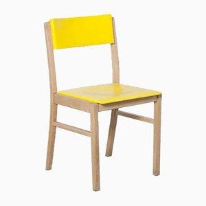 Sedia da pranzo in faggio giallo di Zavod Sabinov, anni '60