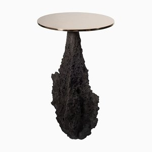 Geo Primitive Table by Niclas Wolf