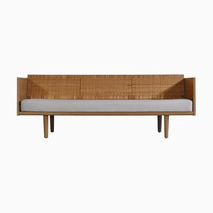 Danish Modern Oak & Rattan GE7 Daybed by Hans J. Wegner for Getama, 1960s