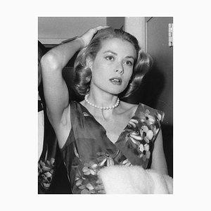 Gelber Grace Kelly Druck aus Silbergelatine Kunstdruck von Express Newspapers