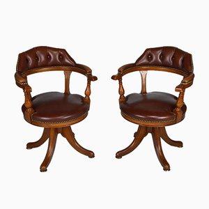 Sedie da ufficio Chesterfield vintage in legno e pelle, set di 2