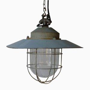 Lampada da soffitto industriale smaltata con griglia protettiva e vetro di Schuch Leuchten, anni '40