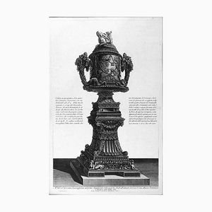 Veduta in Prospettiva un antico Vaso Cinerario di Marmo 1778
